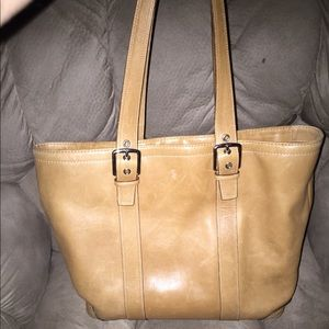 AUTHENTIC VINTAGE LEATHER COACH ZIPPERED TOTE